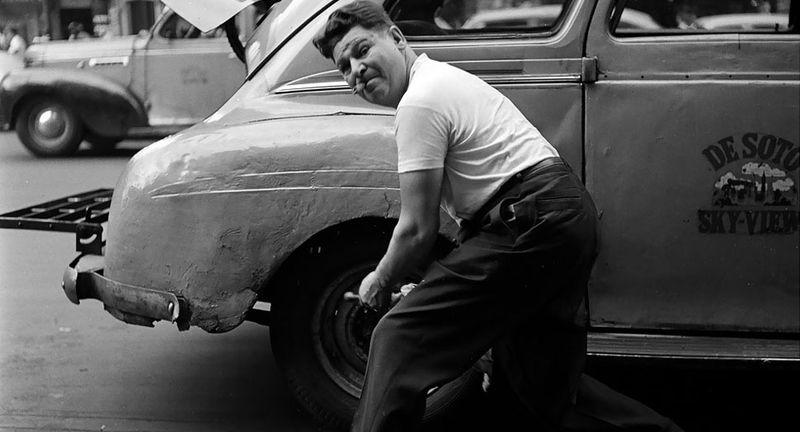 Vintage-tire-change